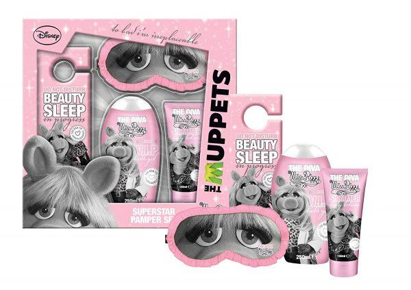 The Muppets Superstar Gift Set 250ml Miss Piggy Shower Gel 150ml Miss Piggy Shimmer Body Lotion Sleep Mask Door Sign