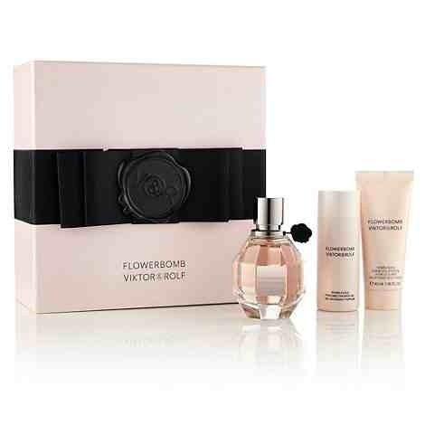Viktor Rolf FlowerBomb Gift Set 50ml EDP 40ml Body Cream 50ml Shower Gel